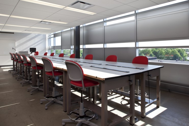 College of DuPage Technology Education Center 10487_h