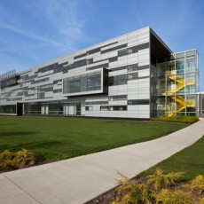 College of DuPage Technology Education Center Exterior